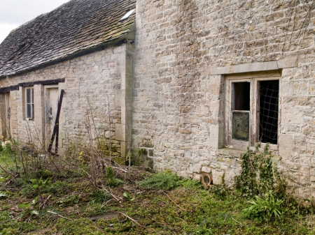 An abandoned building in Engalnd Stock Photo - 17325946
