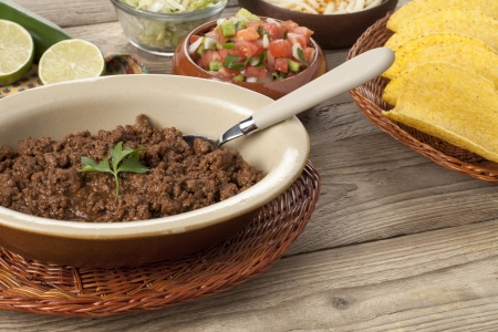 totopos: Image of bowl of cooked ground beef with tacos ingredient