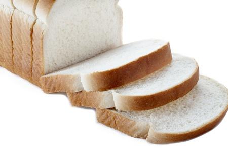 Close-up de pain en tranches sur fond blanc. Banque d'images - 17494780