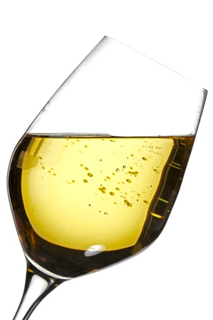 white wine: Illustration of wine glass