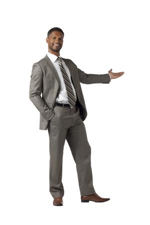 aieron: Uomo d'affari presentare qualcosa di isolato su bianco