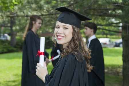 Happy Woman Smiling In Her Graduation Day Stock Photo - 17521410