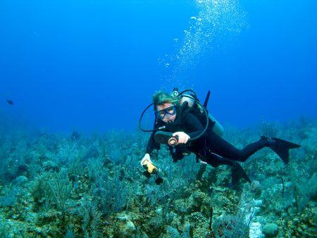 Scuba Diver controle meters in het Caribisch gebied