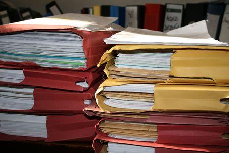 messy desk: Escritorio Sucio