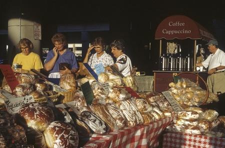Farmers market in Orlando, Florida, USA, Stock Photo - 12001289