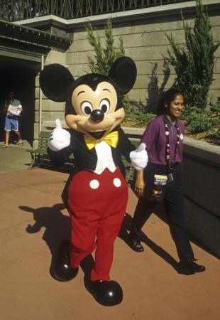 mickey: Disney World Magic Kingdom - Mickey Mouse