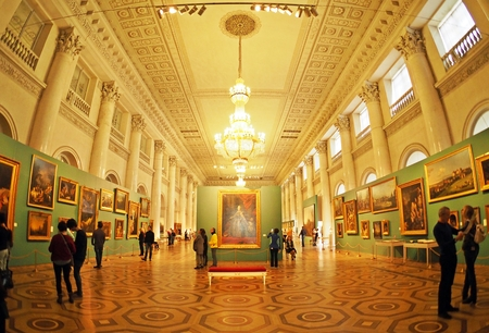hermitage: ST.PETERSBURG, RUSSIA - APRIL 7, 2015: Picture hall inside State Hermitage, one of the largest museum in the world. This musuem of art andculture was founded in 1764. Editorial
