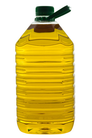 cooking oil: Bottle of palm oil without label, isolated on white background and clipping path