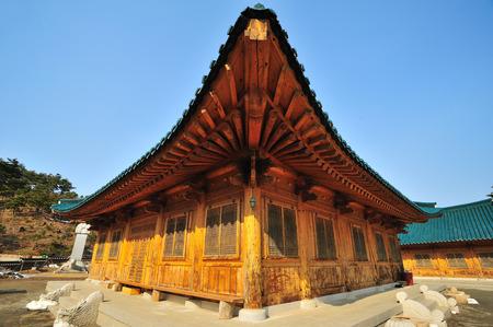 detai: Korea style roof