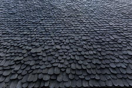 cedar shakes: techo de madera  Foto de archivo