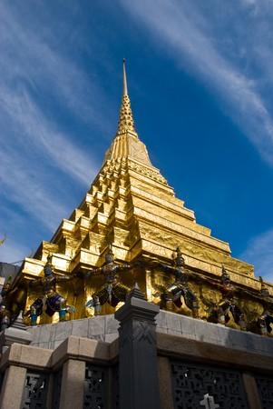 Golden grand stupa of Wat Phra Kaew - Bangkok Thailand Stock Photo - 7165485