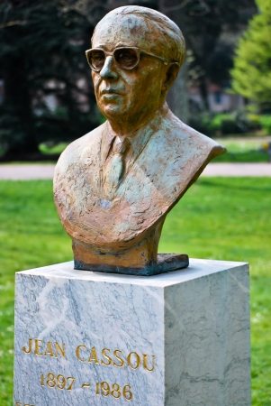 the fountain with angels: Bust sculpture of Jean Cassou Editorial