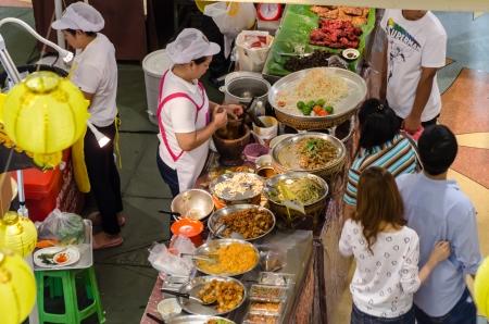 People buy food street vendors in Bangkok, Thailand Editorial