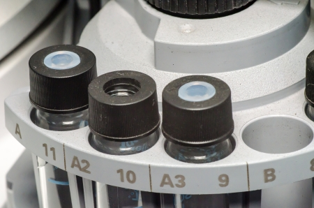 spectrometry: Sample vials in tray