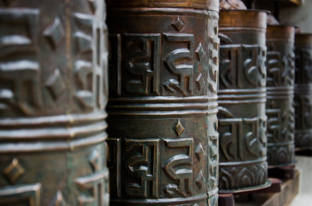 hapiness: Buddhistic rolls