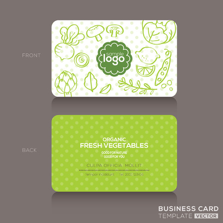 Organic foods shop or vegan cafe business card design template with vegetables and fruits doodle background Vettoriali