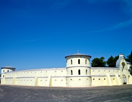 sumy: The Round Yard is a historical and  architectural building  The Round Yard is upbuild in city Trostyanec  Sumy region, Ukraine