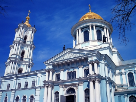 sumy: Transfiguration Cathedral, Sumy, Ukraine  Main Orthodox Cathedral Sumy, contains elements of different styles