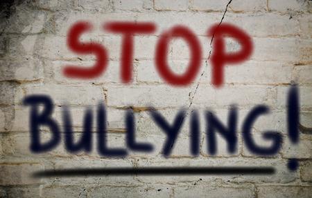 maltrato infantil: Pare el tiranizar Concept Foto de archivo