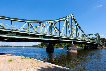 Glienicke Bridge outside Potsdam, Germany, leading towards Berlin 免版税图像
