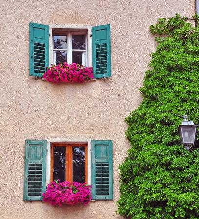 open windows: Open windows in italian Village