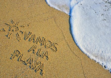 スペイン語サインオン ビーチに行こう 写真素材
