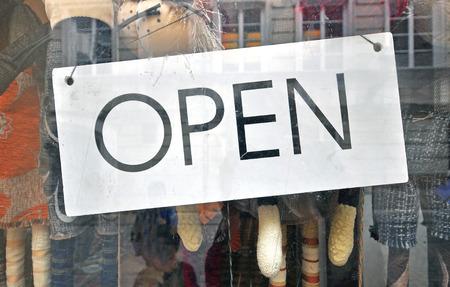お店のオープン サイン