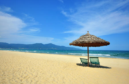 Empty sand beach of Da Nang resort, central Vietnam Banco de Imagens