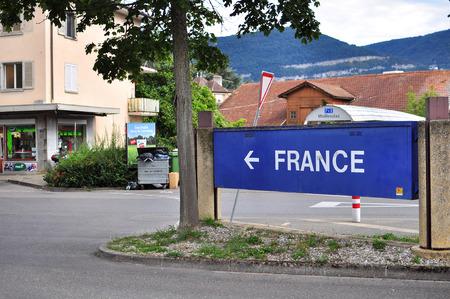 znak drogowy: France road sign Publikacyjne
