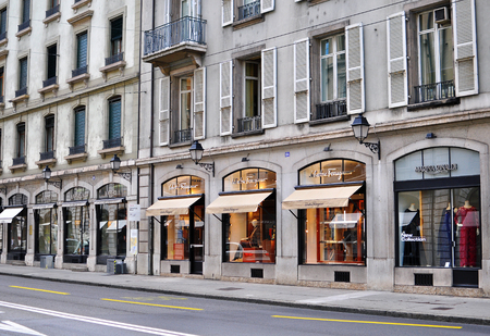 luxe: GENEVA, SWITZERLAND - AUGUST 17: View of the shopping street in Geneva city centre on August 17, 2015. Geneva is the second largest city of Switzerland.