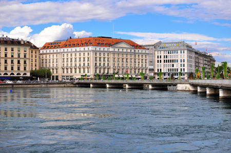 leman: GENEVA, SWITZERLAND - SEPTEMBER 3: View of the waterfront of Leman lake in Geneva on September 3, 2015. Geneva is the second largest city of Switzerland.