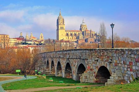 salamanca: View of Salamanca bridge and cathedral, Spain Stock Photo