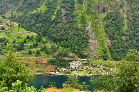 View of mountain road on Geiranger fjord, Norway Stockfoto