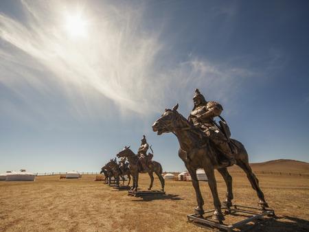Equestrian statues of warriors of Genghis Khan, Tsonjin Boldog, Mongolia Banque d'images