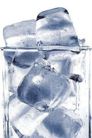 pellucid: Ladrillo de hielo en el cristal de color gris  Foto de archivo