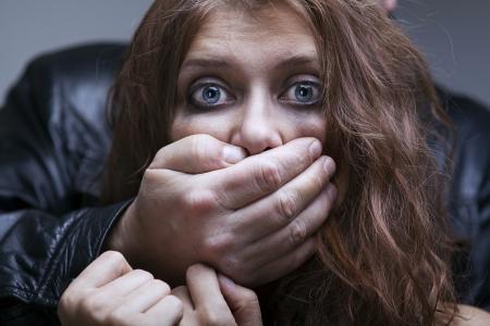 violencia: El miedo de las mujeres de la violencia dom�stica y el abuso Foto de archivo