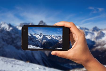 foto schieten op de smartphone in de toeristische reis