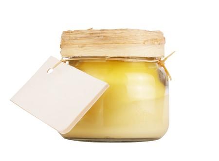 produits de beaut�: bouteille de produits de beaut� et de soins corps avec le label isol� sur fond blanc Banque d'images
