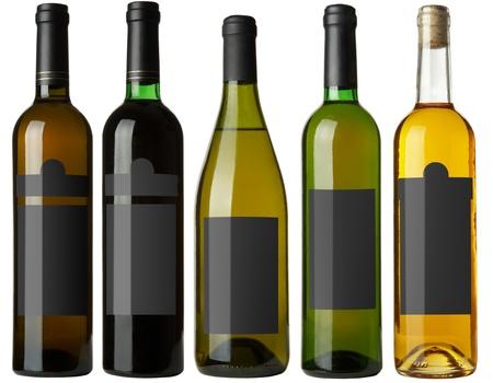 ufortyfikować: Ustaw 5 butelek wina z czarnym etykiety samodzielnie na biaÅ'ym tle. WiÄ™cej - w Moje portfel