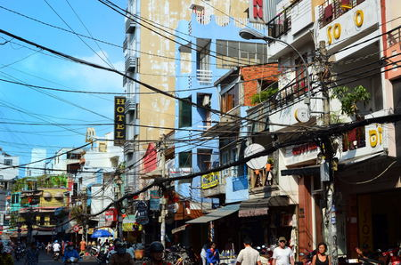 min: The streets of Saigon (Ho Chi Min City) full of wires.