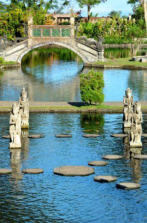ティルタ ・ ガンガの水の宮殿の噴水 写真素材