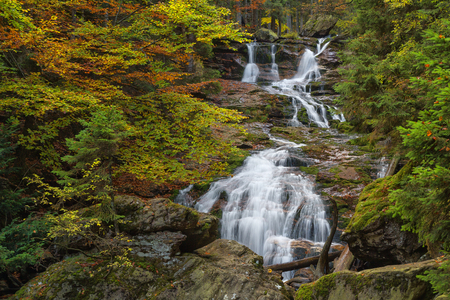 waterfall Riesloch, wooded rock massif, Bodenmais, national park Bavarian Forest Imagens