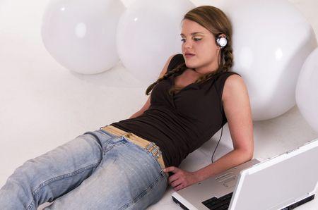 listening music photo