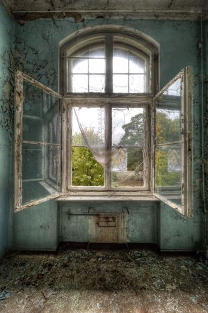 open window: Beelitz Heilstätten