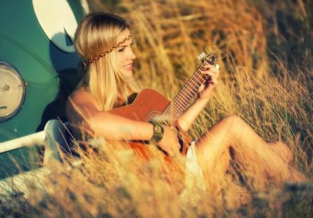 Suzi Joute une chanson d'été Banque d'images - 24236545