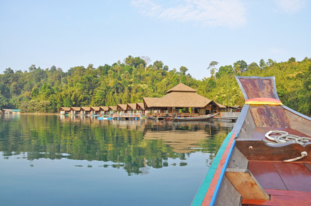 cayak: View of resort in Ratchaprapha Dam, Khao Sok National Park, Surat Thani Province, Thailand