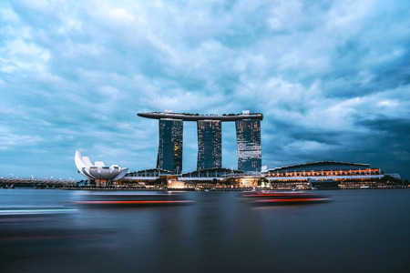 SINGAPORE - JANUARY 3 : Nightscape of Singapore Marina Bay Sand on January 3, 2015 in Singapore.