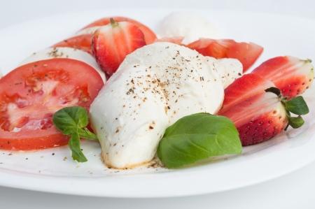 organic fresh mozzarella composition with strawberry