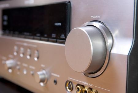 amp: Hi End AV recrevier - volume sound