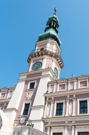main market: Old principale piazza del mercato nel centro storico di Zamosc